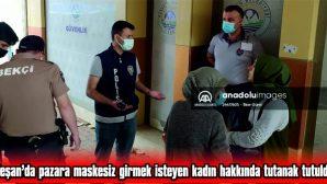 """MASKE TAKMAYAN KADIN KENDİNİ, """"ANAYASAL HAKKIM!"""" DİYE SAVUNDU"""